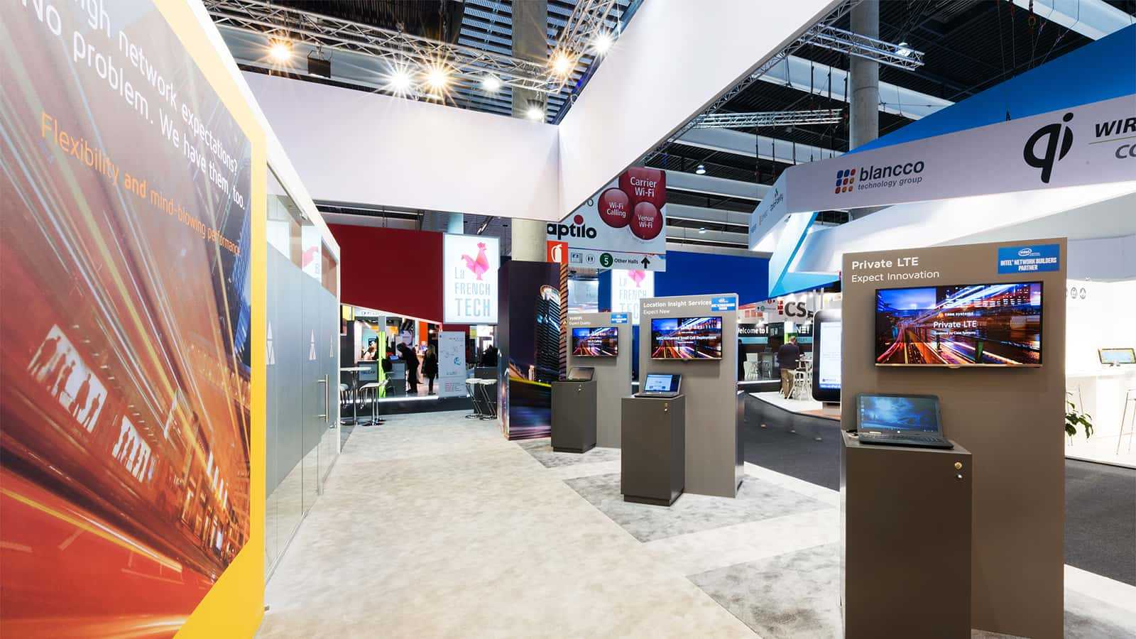 Center aisle at Casa Systems Mobile World Congress 2016 experience.