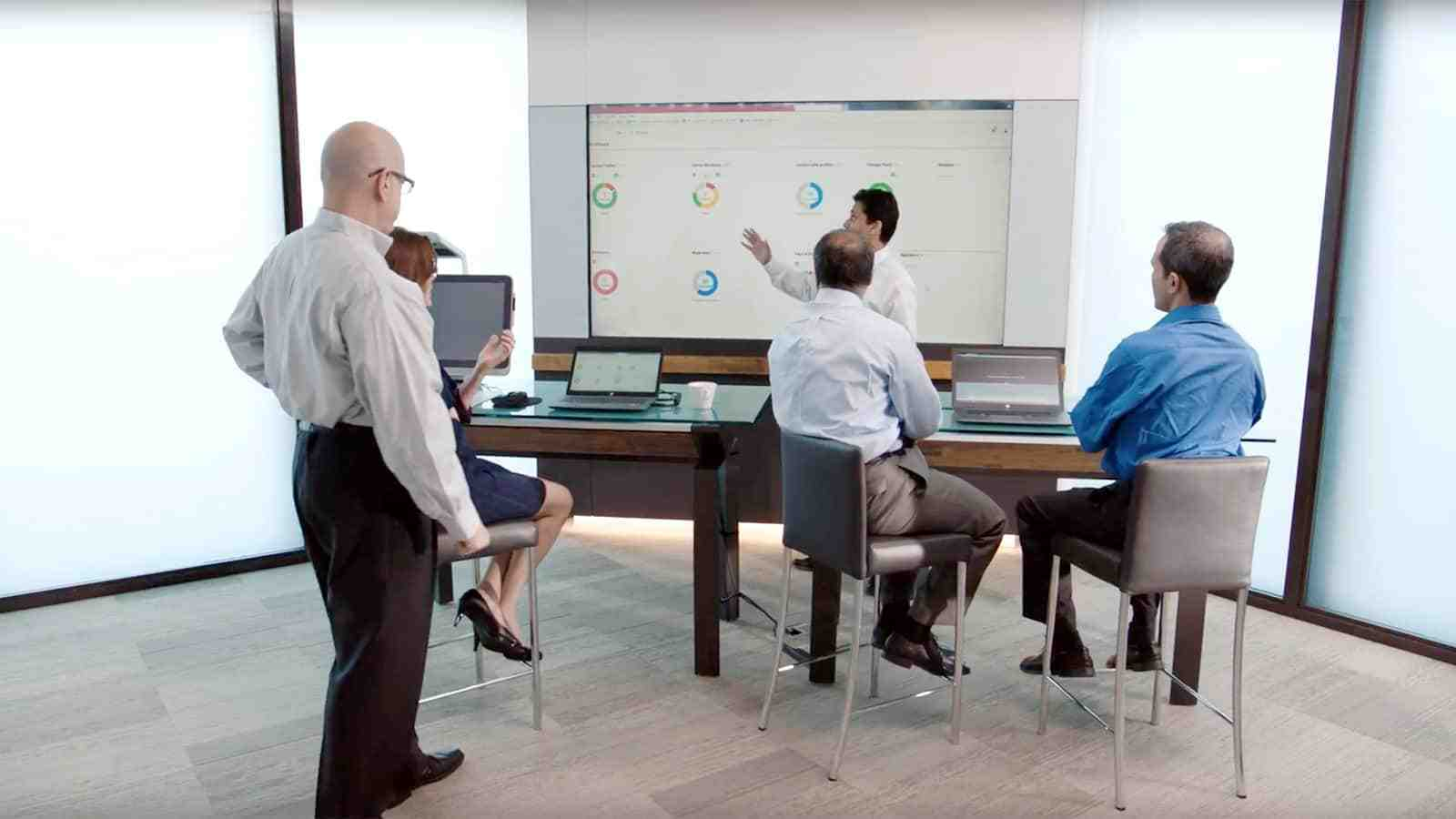 HPE expert give presentation at the HPE Customer Engagement Center in New York City.
