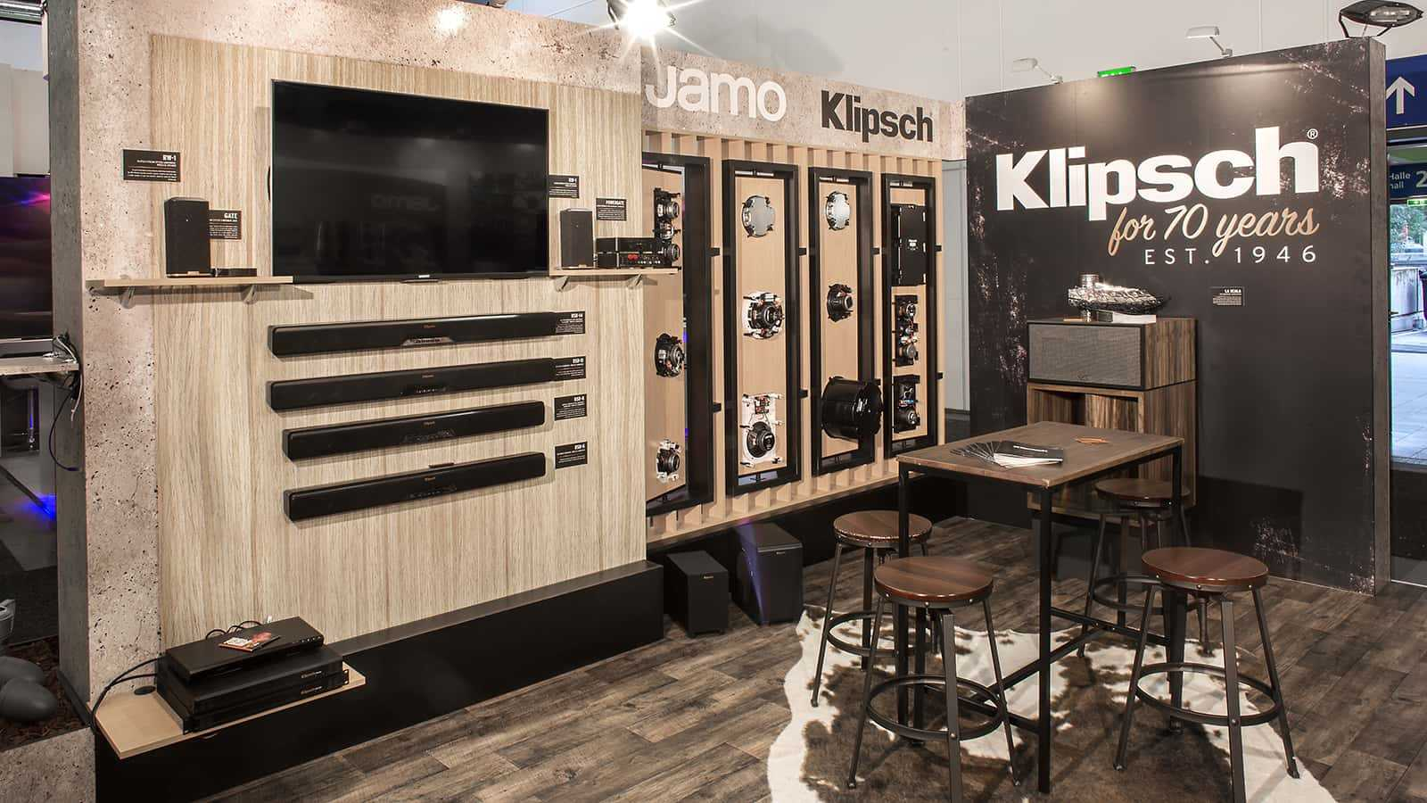 Meeting area of Klipsch IFA Berlin 2017 trade show exhibit.