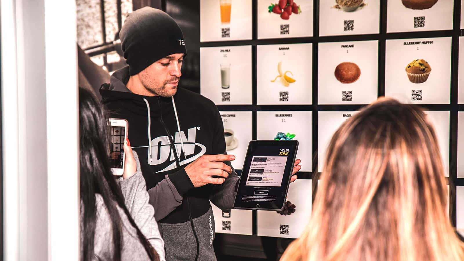 ON Ambassador instructs at the FUEL station at the Find Your Zone Optimum Nutrition mobile tour pop-up shop activation at New York City Marathon 2017.
