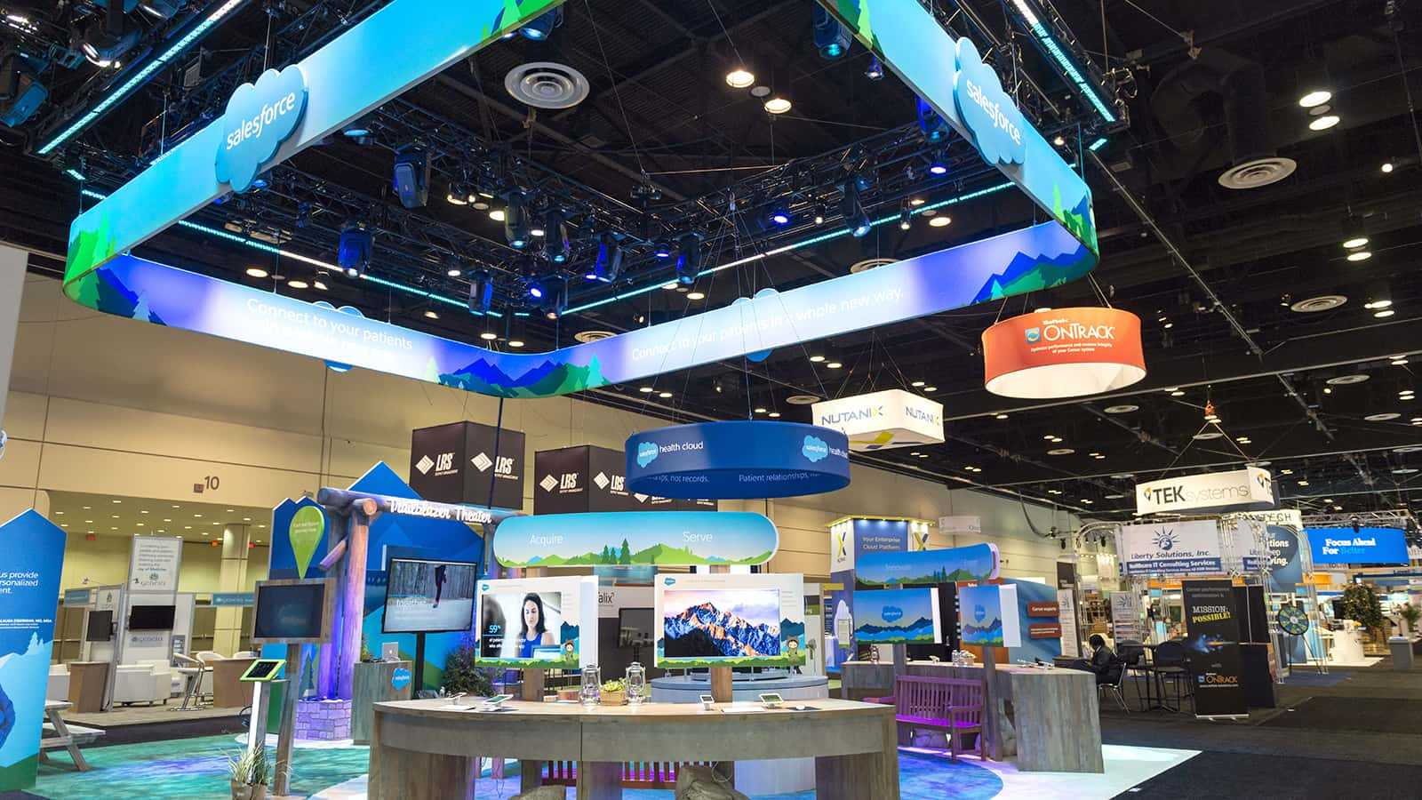 View of the corner of the Salesforce Health HIMSS 2018 experience.