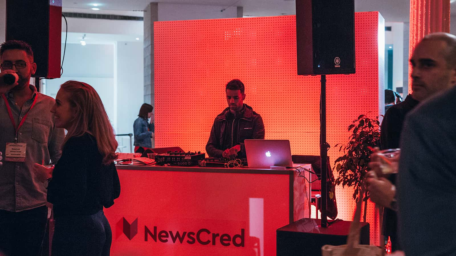 newscred thinkcontent dj