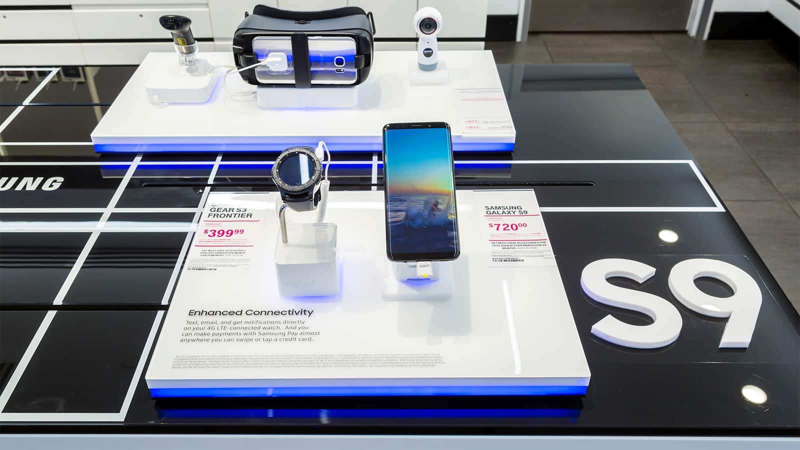 Close-up of a quad configuration of the Samsung S9 interactive display.